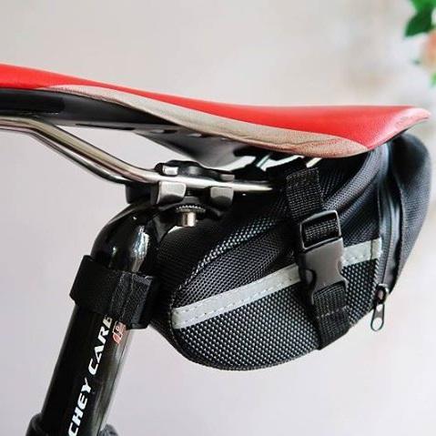 美麗大街【BK105111509】oqsport自行車防水尾包單車尾袋後座包工具包