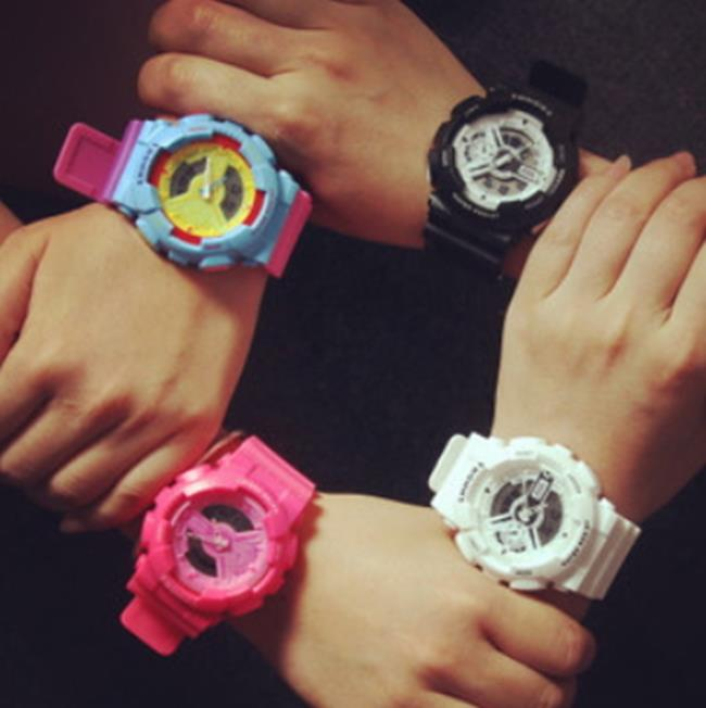 50%OFF【H06814WAH】雙顯運動防水大錶盤手錶果凍螢光色電子運動防水手錶