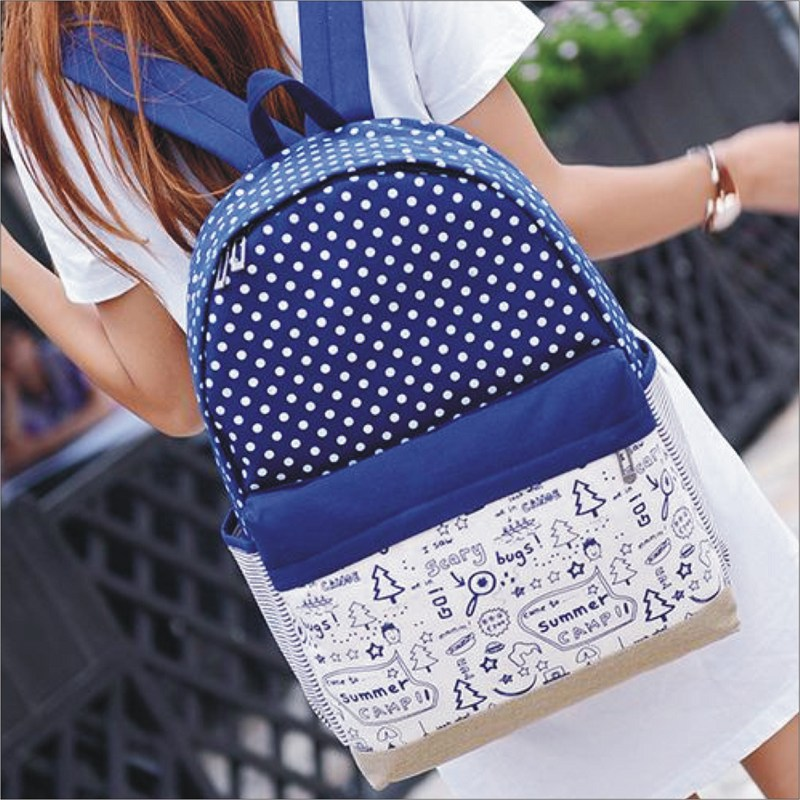 【聖誕點點塗鴉後背包】 韓版流行後背包 學院風旅行包 書包  時尚玩包