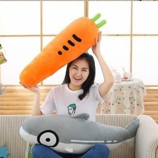 美麗大街【1051221562】創意 胡蘿蔔 抱枕公仔毛絨玩具午睡枕禮物(70公分)