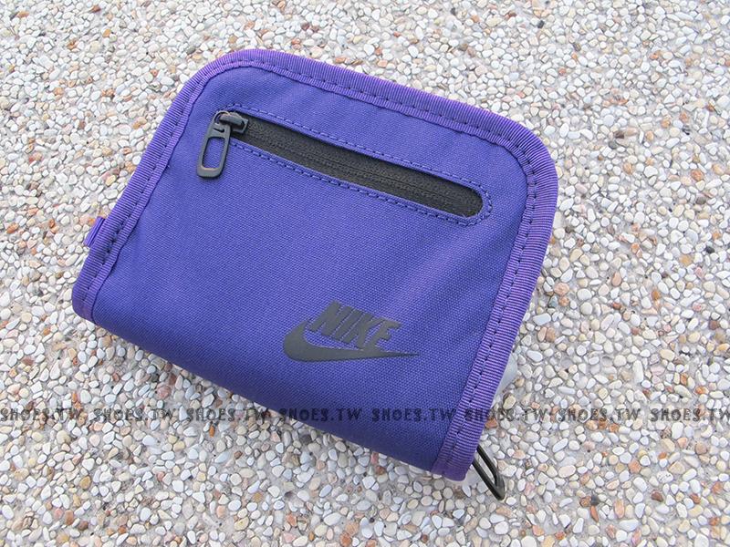 Shoestw【AC3781504】NIKE 零錢包 皮夾 運動皮夾 男女都可 紫黑色
