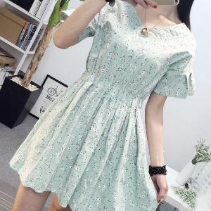 美麗大街【IR2483】森林系小花V領收腰洋裝