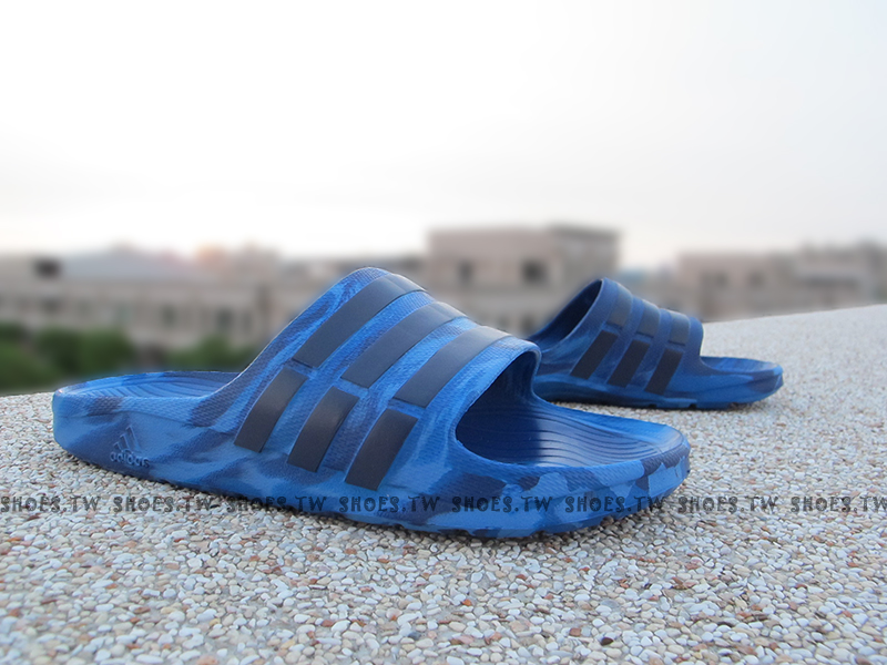 Shoestw【B33502】ADIDAS DURAMO SLIDE 拖鞋 渲染 藍 迷彩 男女都有