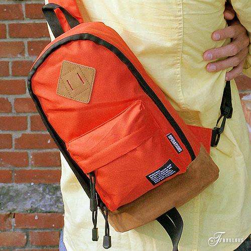 寶貝窩 Blue`s【OG6006】開心騎車趣單肩設計輕盈迷你滾邊撞色豬鼻子後背包