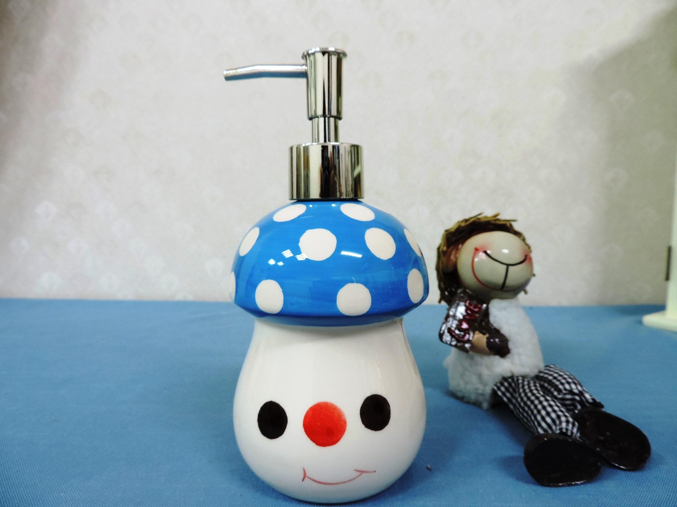 ↙特價 ↘ 《藍色》可愛蘑菇造型乳液罐 洗手液罐 沐浴瓶 洗髮乳 填充罐 洗碗精罐◤彩虹森林◥