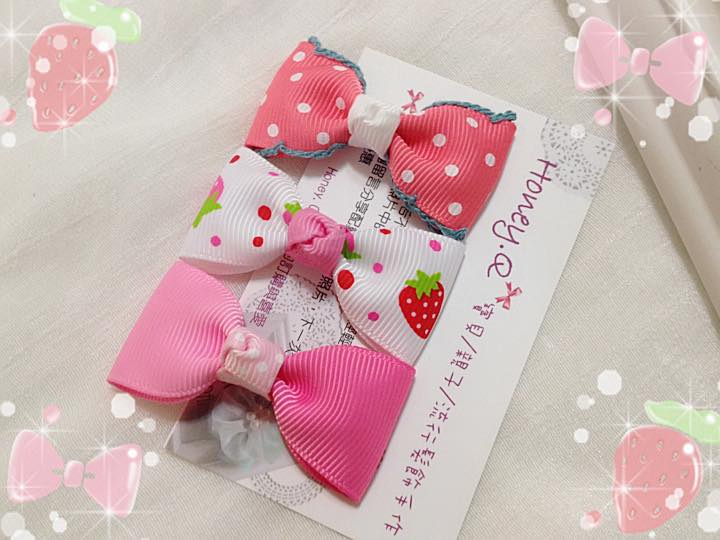 Honey Q-粉紅草莓蝴蝶結髮夾三件組.限量