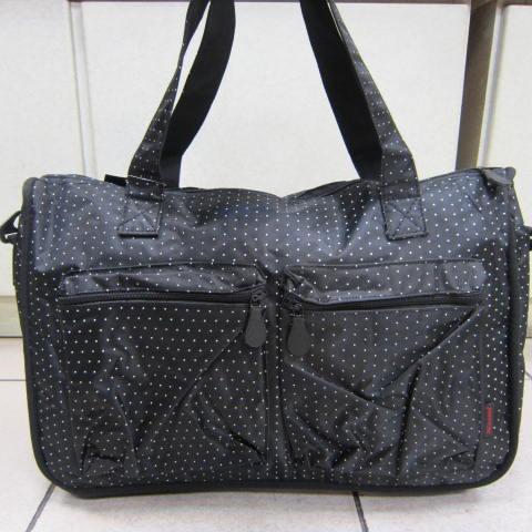 ~雪黛屋~X-TREME小點點可愛旅行袋防水尼龍布材質超大購物袋 大容量好收納不占空間65-2139 黑