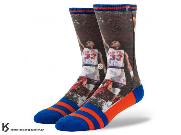 2013 美國加州 襪子 品牌 STANCE SOCKS x NBA 官方授權 NBA LEGENDS 傳奇球星系列 PATRICK EWING 紐約 尼克 正反面滿版印刷 中長筒襪 (M320A13PAT) !