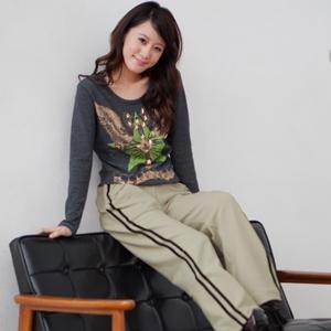 【魔法施】ENGERHWA透氣雙流線條紋設計運動休閒長褲★米白色6946