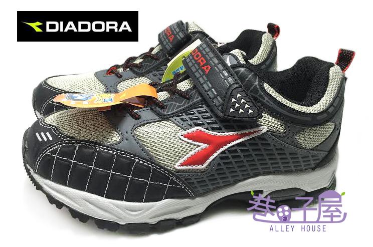 【巷子屋】義大利國寶鞋-DIADORA迪亞多納 男童抗水寬楦越野運動跑鞋 [9882] 黑紅 超值價$398