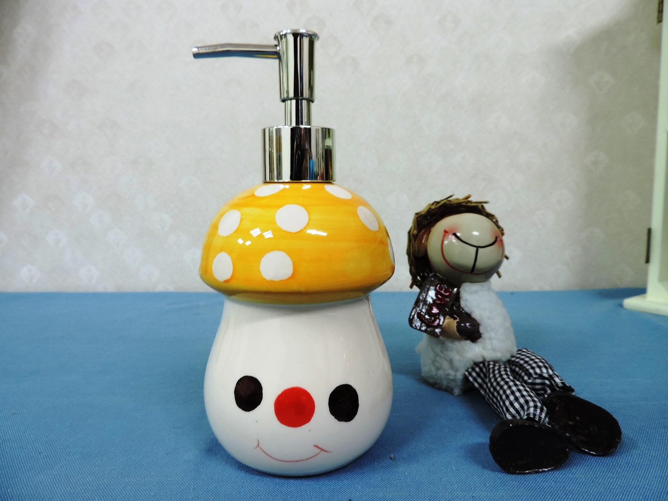 ↙特價 ↘ 《黃色》可愛蘑菇造型乳液罐 洗手液罐 沐浴瓶 洗髮乳 填充罐 洗碗精罐◤彩虹森林◥