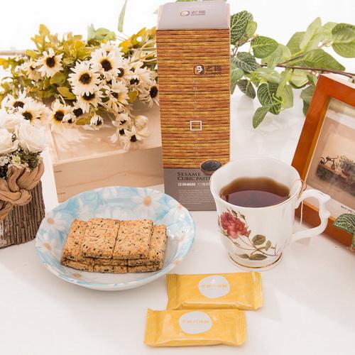 【老楊】田園-芝麻鹹酥方塊酥(120g)