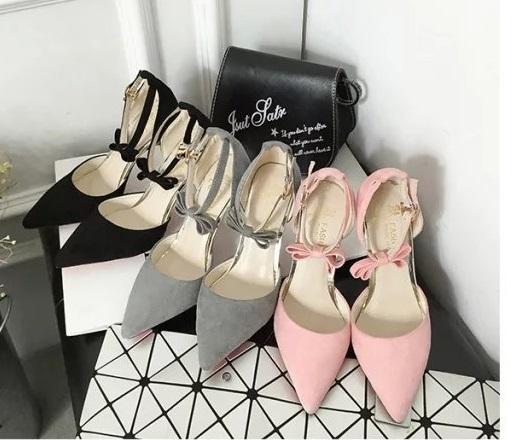 Ms.Perfect韓版名媛風一字扣蝴蝶結珍珠細跟尖頭高跟鞋