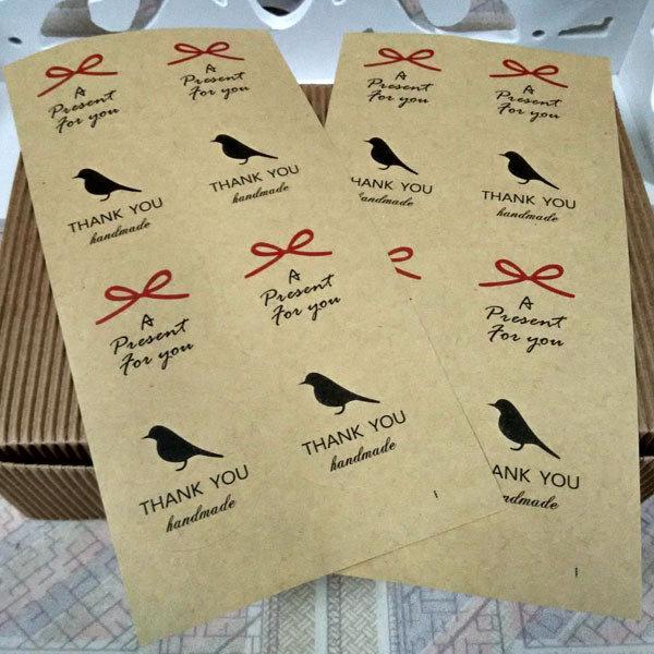 =優生活=「優惠買一送一」韓國純手工製作字樣 HAND MADE小鳥 蝴蝶結牛皮纸封口 烘焙貼 裝飾貼紙 8枚