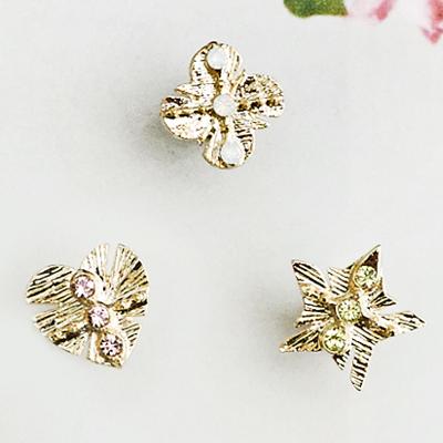 〔APM飾品〕日本Zoule 星織閃爍祈願印記耳環 (磁石) (星星) (愛心) (花朵)