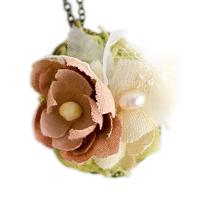 〔APM飾品〕日本 arome de muguet 溫暖紗裙魅惑花叢項鍊