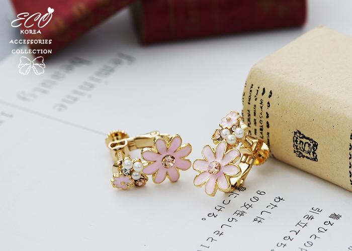 小花,雛菊,珍珠,粉鑽,蛋白石,無耳洞耳環,夾式耳環,釉彩,韓製,韓國,耳環