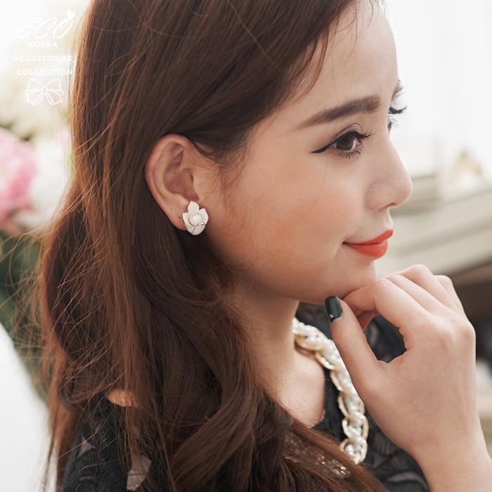百合花,花朵,純白,珍珠,無耳洞耳環,夾式耳環,韓製,韓國,耳環