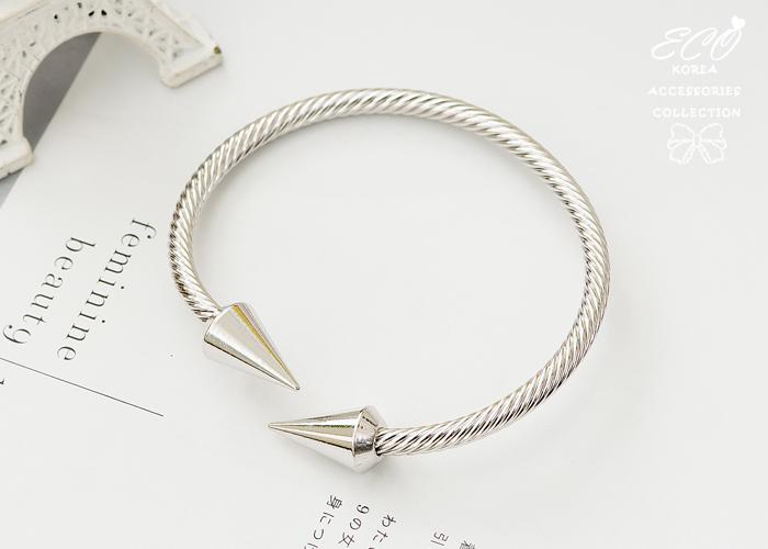 鉚釘,麻繩,韓國製手鍊,韓國飾品,手環,個性