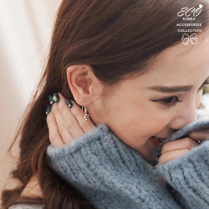 小花,花朵,黑色,夾式耳環,無耳洞耳環,純銀針耳環,925純銀耳環,抗過敏耳環