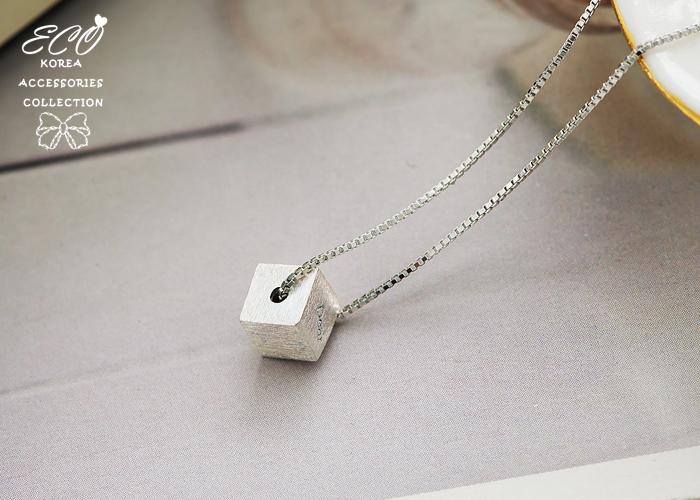 Dear,立體方塊,簡約,925純銀,抗過敏,鎖骨項鍊,925純銀項鍊,純銀飾品
