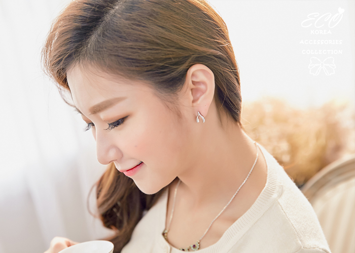 主君的太陽,韓劇,許願骨,雞鎖骨,夾式耳環,無耳洞耳環,韓製,韓國,耳環