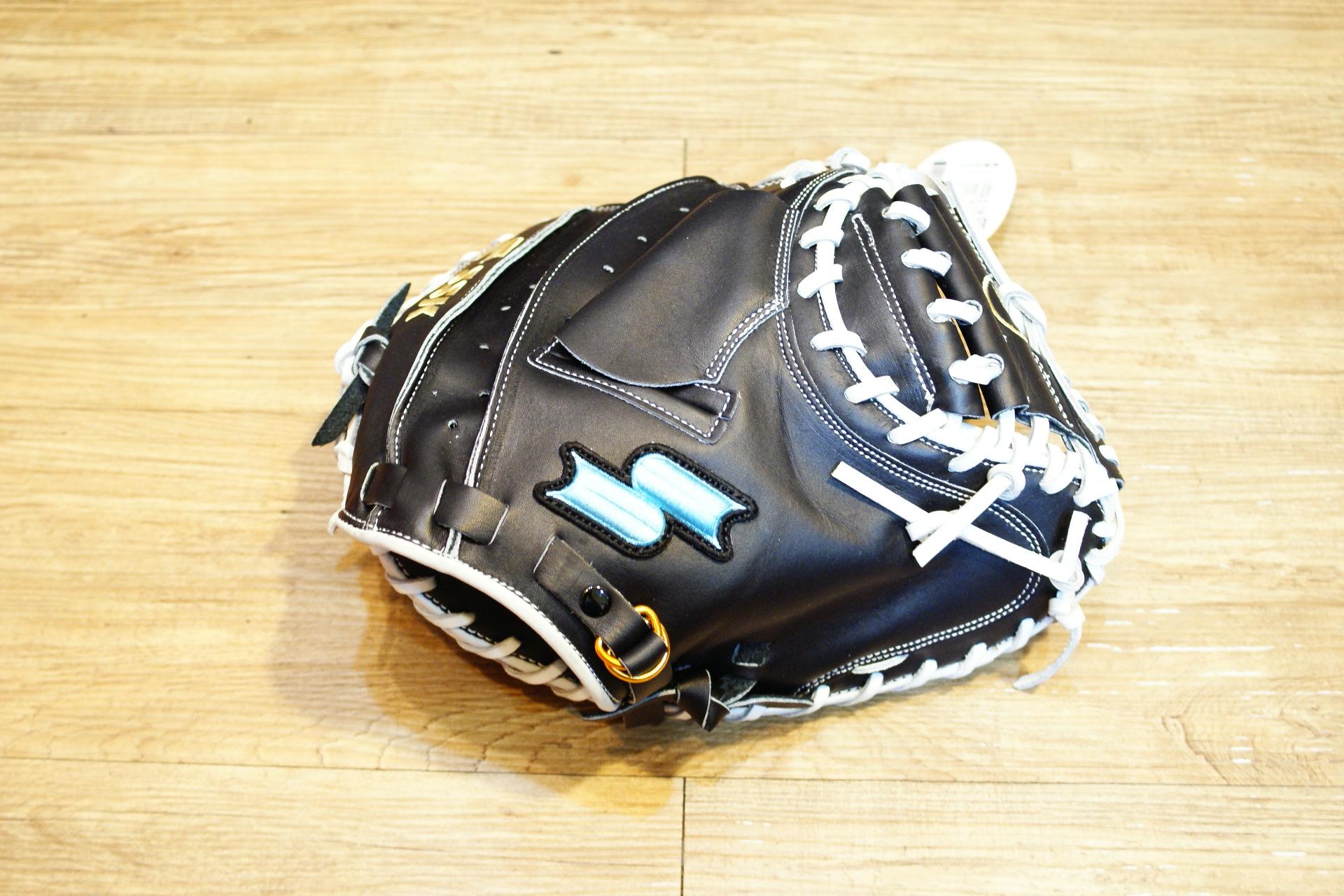 棒球世界 15年新款 SSK牛皮棒球捕手手套 特價 黑白配色