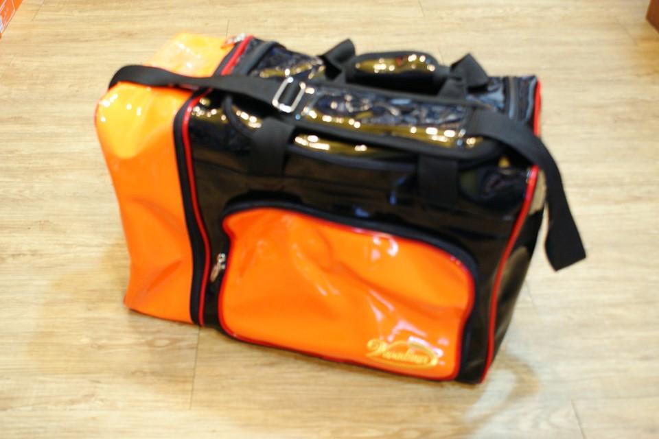 棒球世界摩勒帝新款個人裝備袋 黑橘配色 特價 不到6折 非常便宜