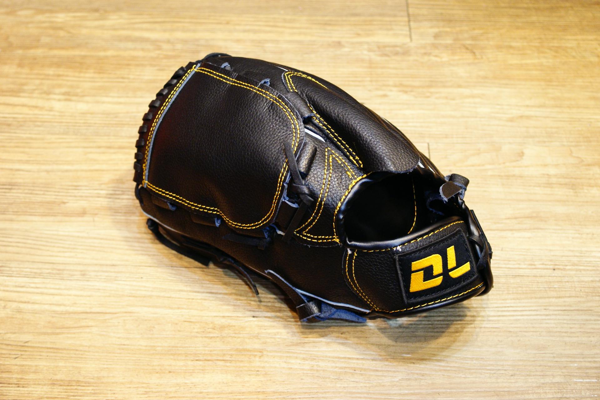 〈棒球世界〉DL最新款平價的牛皮棒壘球手套 投手用 送手套袋 不景氣也要全民打棒球 反手
