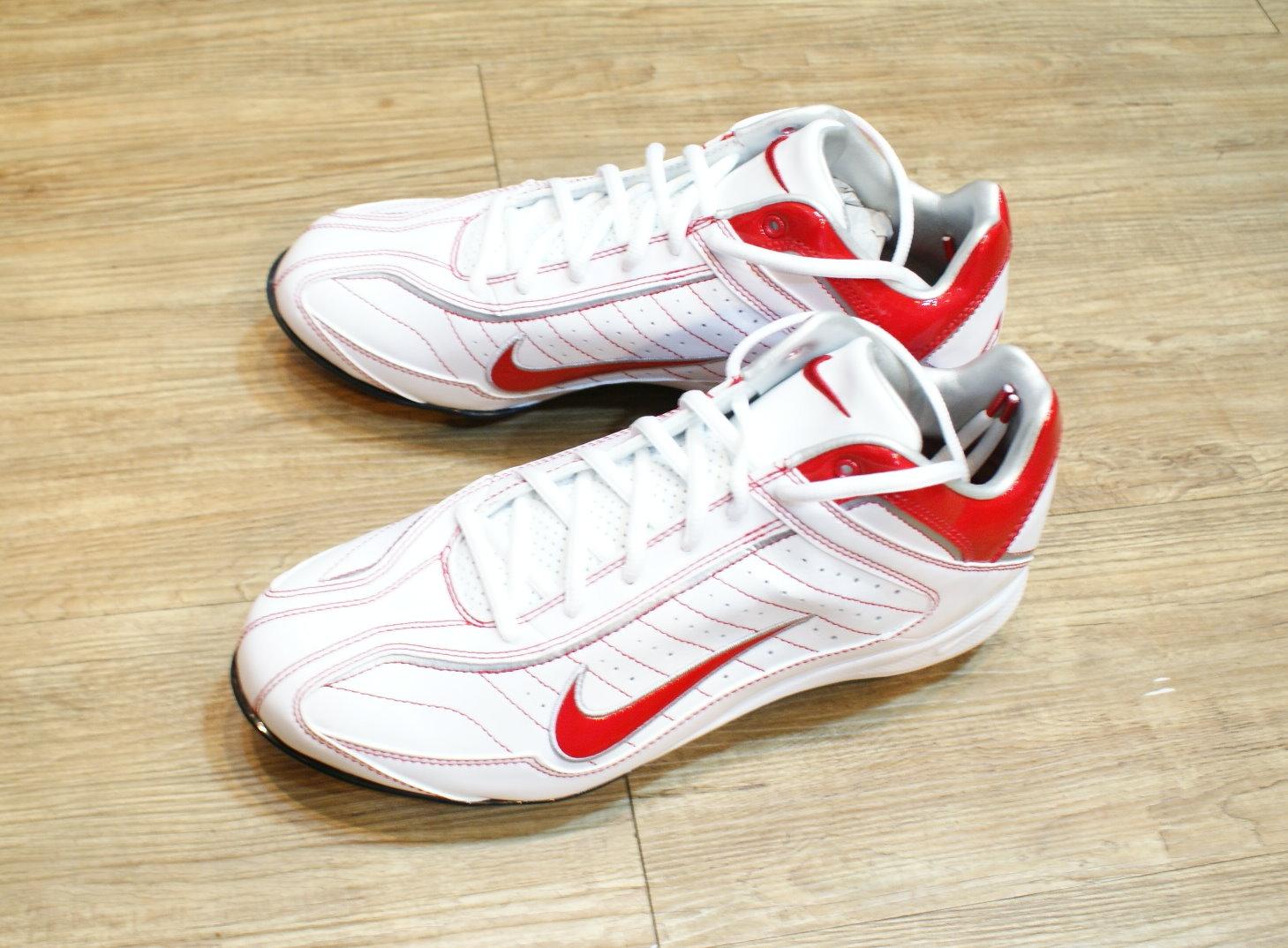 棒球世界2012 NIKE AIR BLUSTER V MCS 3/4棒壘專用膠釘鞋白/紅特價