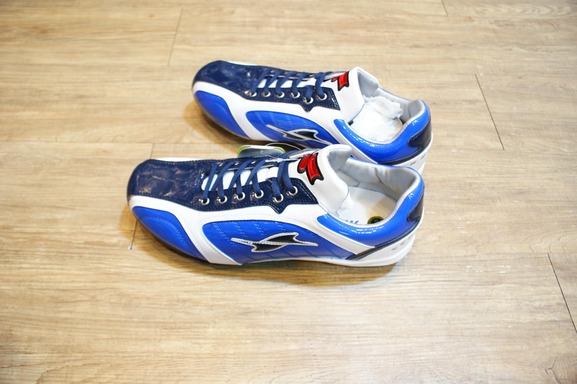 棒球世界全新13年SSK配色款棒球鐵釘鞋特價 藍白配色款