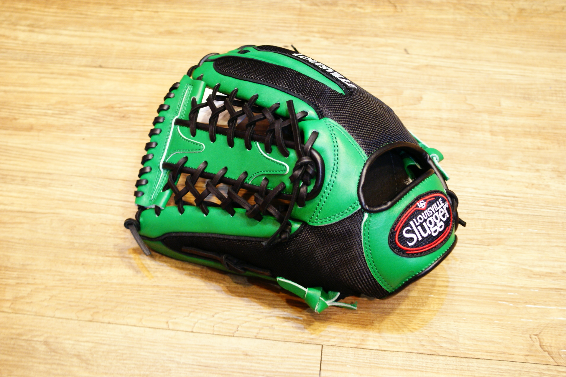 棒球世界 Louisvill Slugger 路易斯威爾TPX LS AIR布織布 外野T網棒壘球手套 特價黑綠色反手