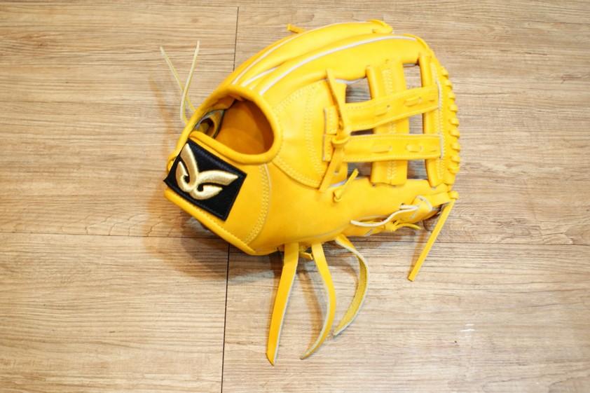 棒球世界 全新日本品牌Glom棒球手套 美國小牛皮 店家訂製款 特價 V字檔 12吋