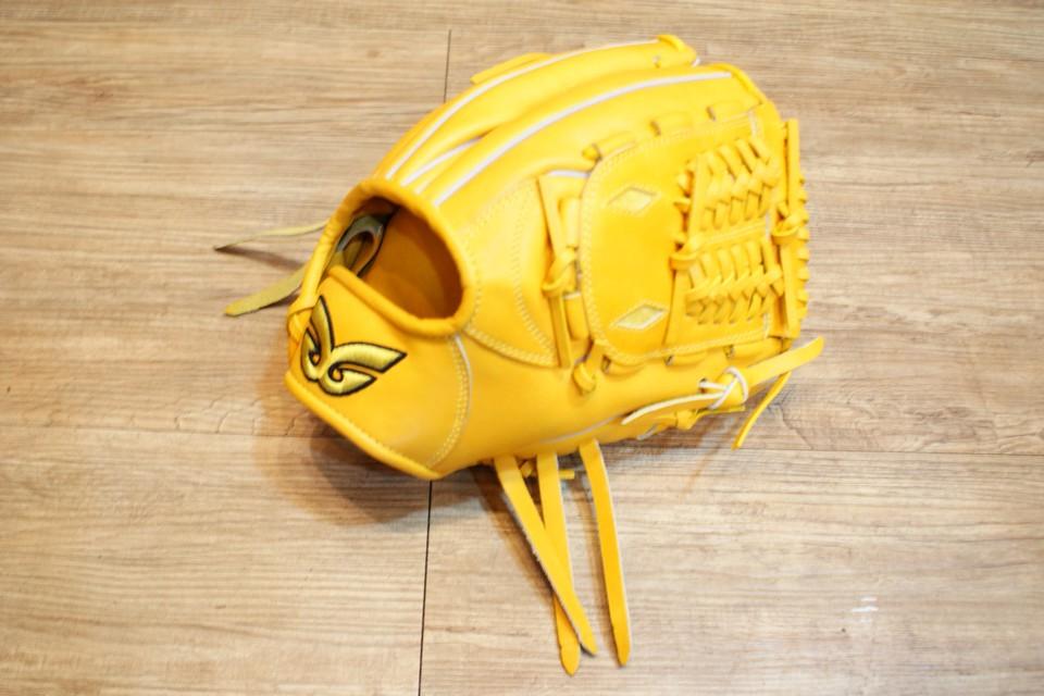 棒球世界 全新日本品牌Glom棒球手套 美國小牛皮 店家訂製款 特價 內網檔 12吋