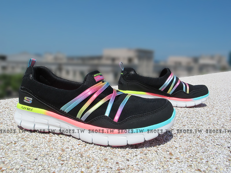 [25cm]《降價6折》Shoestw【12004BMLT】SKECHERS 健走鞋 Memory Foam 記憶鞋墊 黑 彩虹緞帶 超柔軟