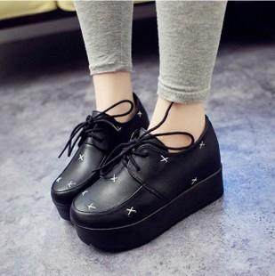 星星綁帶厚底松糕鞋-縫線/黑鉚釘/白鉚釘/黑素面35-39【a521480739191】