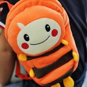 美麗大街【S101060702】可愛橘色MOMO毛蟲兒童後背包