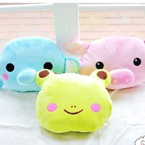 美麗大街【S101102835】動物系列 大象 青蛙 小豬造型插手抱枕