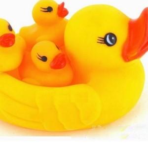 美麗大街【DK005】黃色小鴨漂浮水中玩具(一組)
