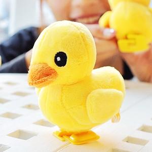 美麗大街【102112220】黃色小鴨造型走路公仔玩偶