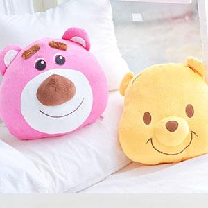 美麗大街【103101808】迪士尼系列 草莓熊抱哥大頭造型抱枕(18吋)