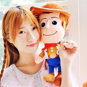 美麗大街【10311110102】迪士尼玩具總動員胡迪大頭12吋公仔玩偶