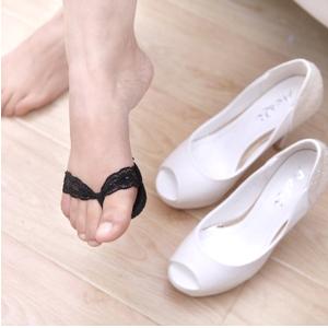 美麗大街【BFO17E4E18EL005】時尚高跟鞋防滑膠底蕾絲前掌鞋墊(人字形)