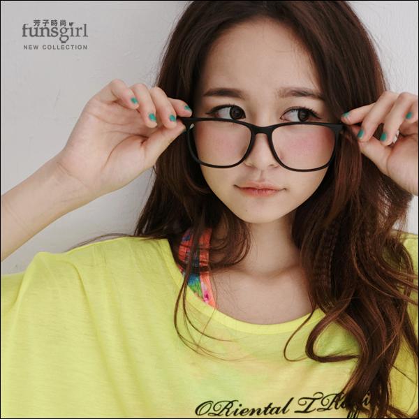 funsgirl.甜夏樂園【B210076】潮流時尚細修飾臉型細框大方框平光眼鏡-3色 現+預