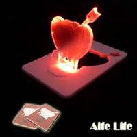 【aife life】LED一箭穿心/愛心造型燈/卡片燈/賀卡,創意燈具,信用卡般大小,隨身攜帶超方便!另售燈泡、聖誕樹造型卡片燈喔!!