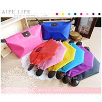 【aife life】韓系糖果色大容量化妝包/萬用包整理袋/旅行收納包/零錢包/盥洗包/水餃包