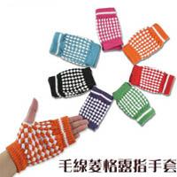 【aife life】寒冬必備!!! 毛線菱格鳳梨外型彈性半指/露指手套。工作/打電腦用,顏色多樣~/保暖