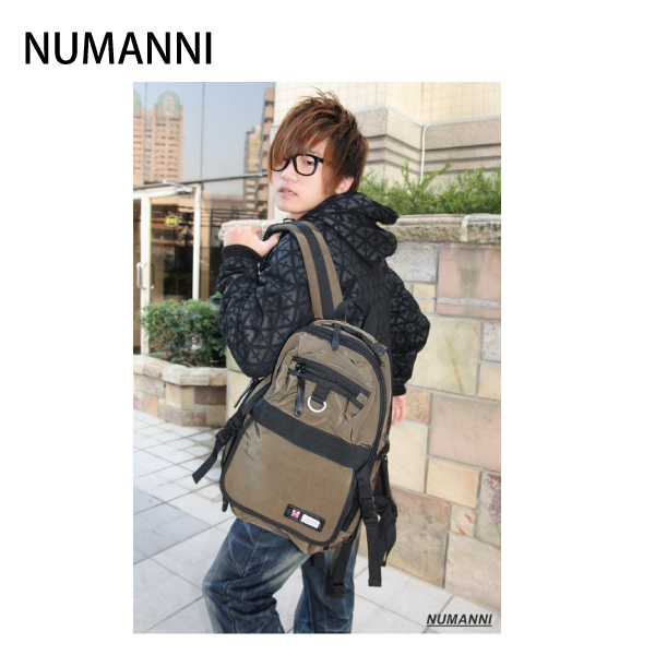 【NUMANNI 奴曼尼】簡約設計大容量後背包 (綠)