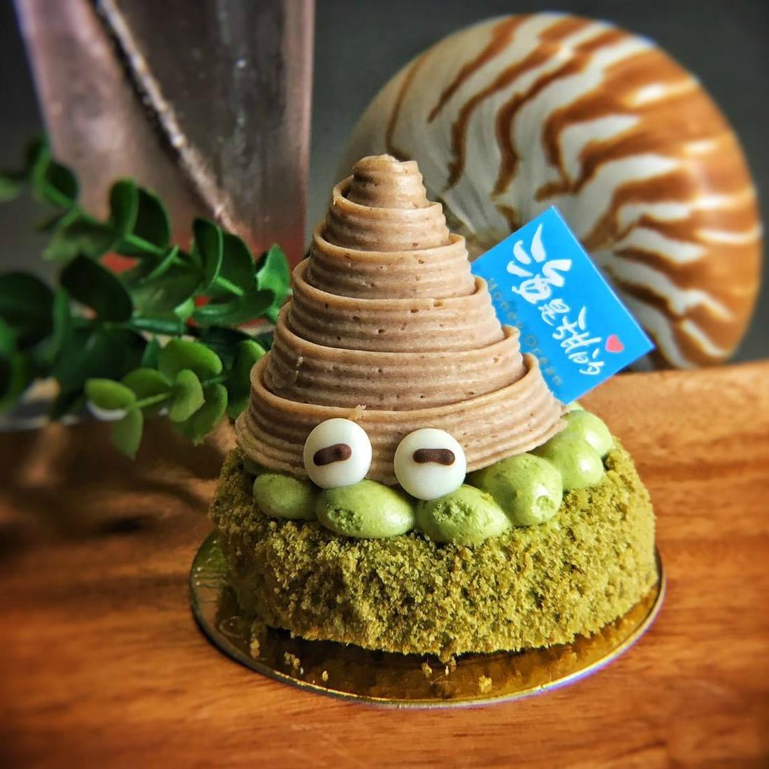 🐳海是甜的 2.5吋▶寄居蟹 抹茶控的最愛!靜岡縣抹茶蛋糕✚抹茶奶醬✚栗子慕斯✚香橙內餡,不甜不膩濃濃抹茶香