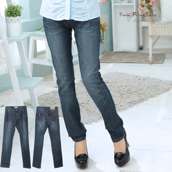 牛仔褲--完美緩和下半身比例-刷色後翻蓋斜口袋設計修飾款直筒牛仔褲(S-7L)-N66眼圈熊中大尺碼